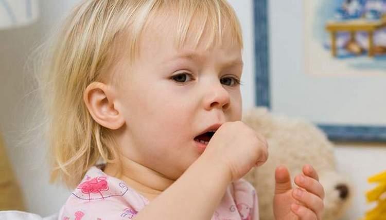 Согласно инструкции, капли Геделикс назначаются для детей при кашле, бронхите.