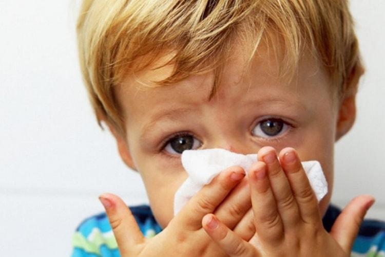 Назначают лекарство при различных видах аллергии.
