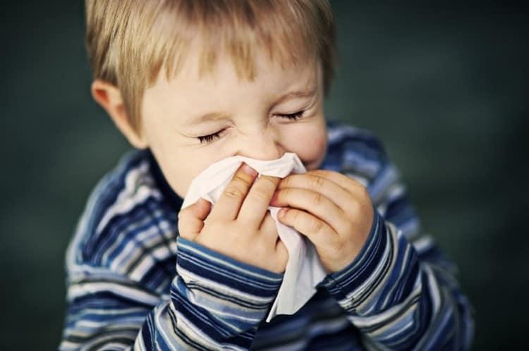 Иногда Лор-врач может назначить Полидексу при аденоидах у детей.