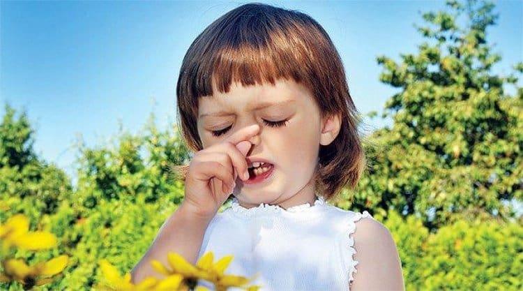 Препарат помогает справиться с аллергическим ринитом, кожными высыпаниями, аллергией на цветение и т.п.