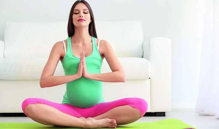 Дыхательные упражнения помогут подготовиться к родам.