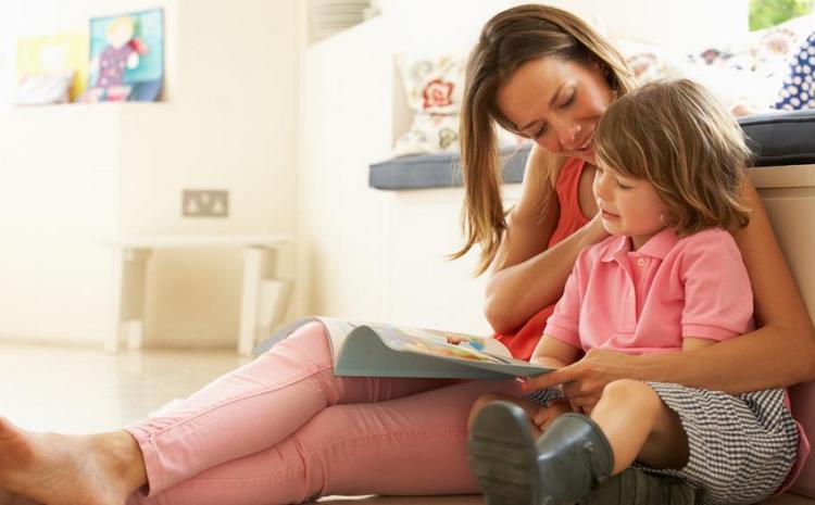 мы расскажем, как научить ребенка читать в 6 лет.