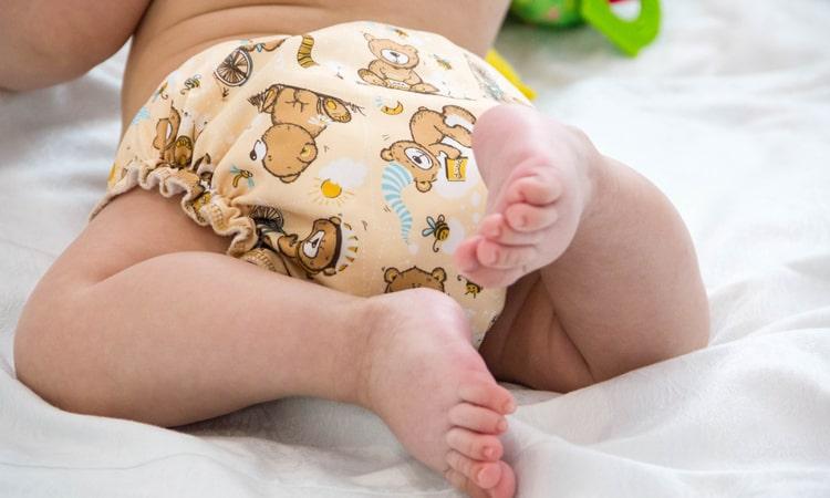 Узнайте, как отучить ребенка от ночного памперса.