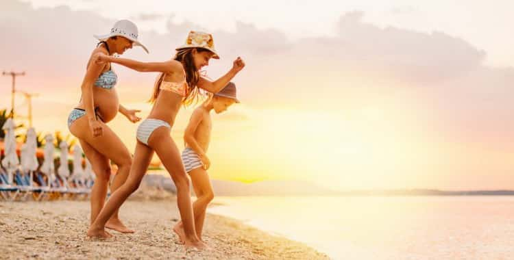 Можно ли беременным загорать на солнце и сколько
