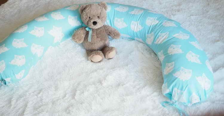 Подушка-банан для беременных своими руками